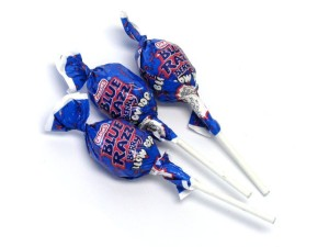 blow-pops-blue-raspberry3